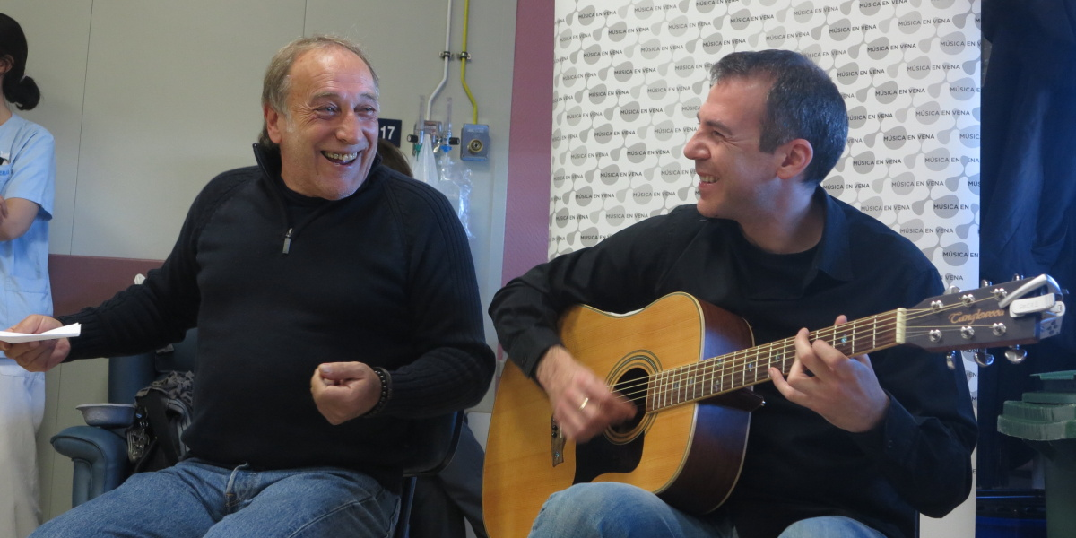 ISRAEL SANDOVAL Y PABLO ABRAIRA EN LA PAZ